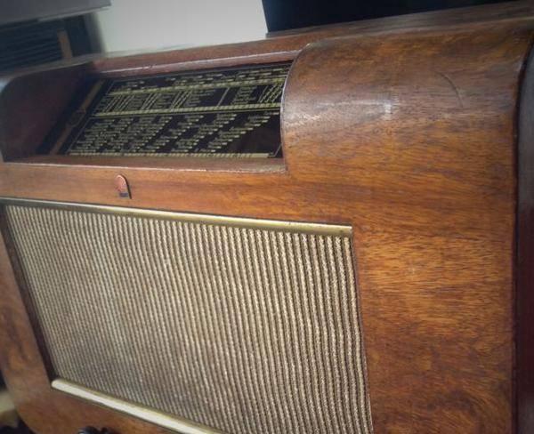 رادیو لامپی فیلیپس
