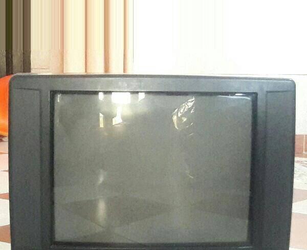 تلویزیون صا ایران 21 اینچ .