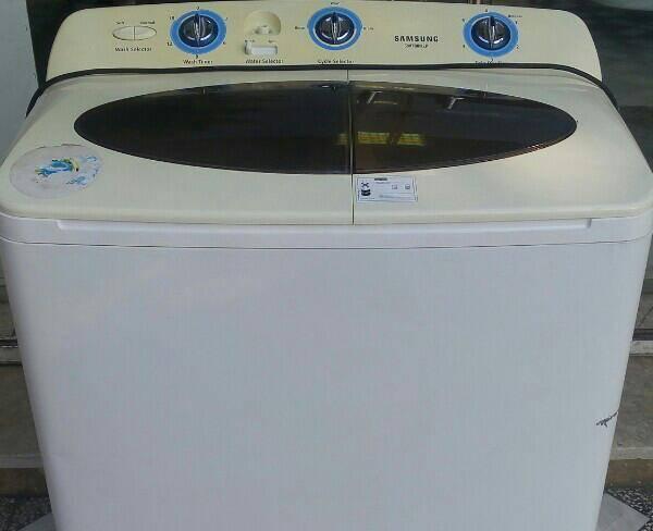 ماشین لباسشویی دوقلو درحد نو