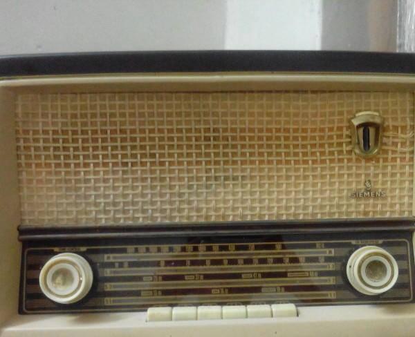 رادیو لامپی زیمنس