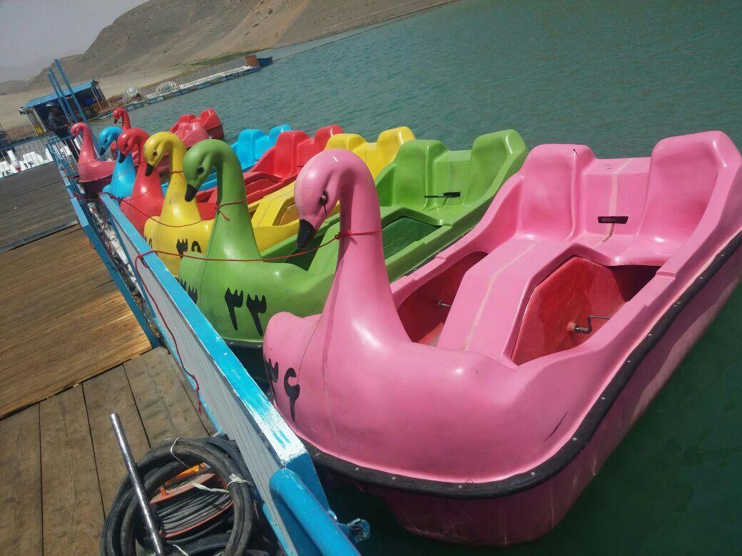 قایق قو پدالی-دونفره-سه نفره-چهارنفره