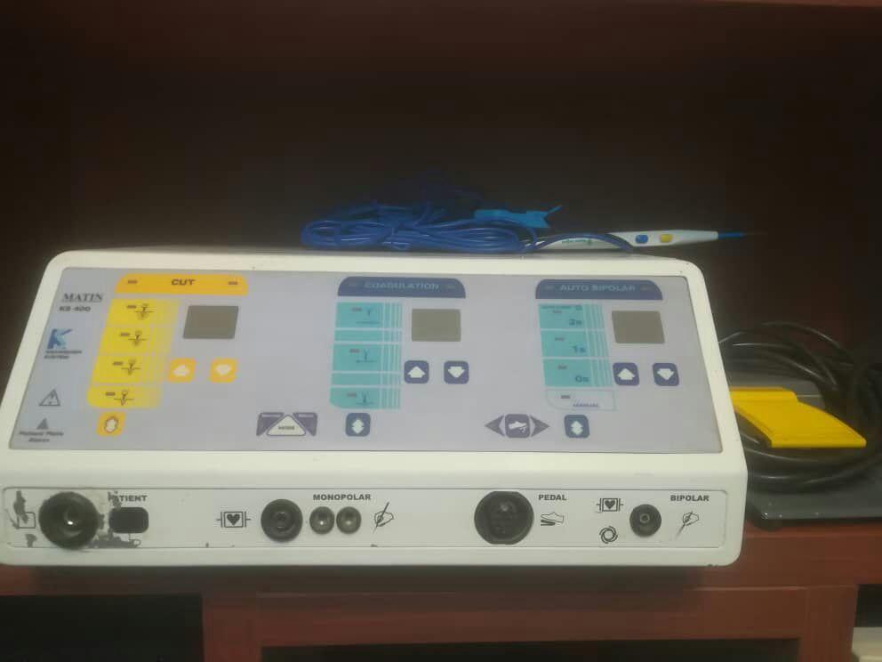 دستگاهای مراقبت در منزل تجهیز کامل کلینیک ، درمانگاه و آمبولانس  اجاره تجهیزات مراقبتی