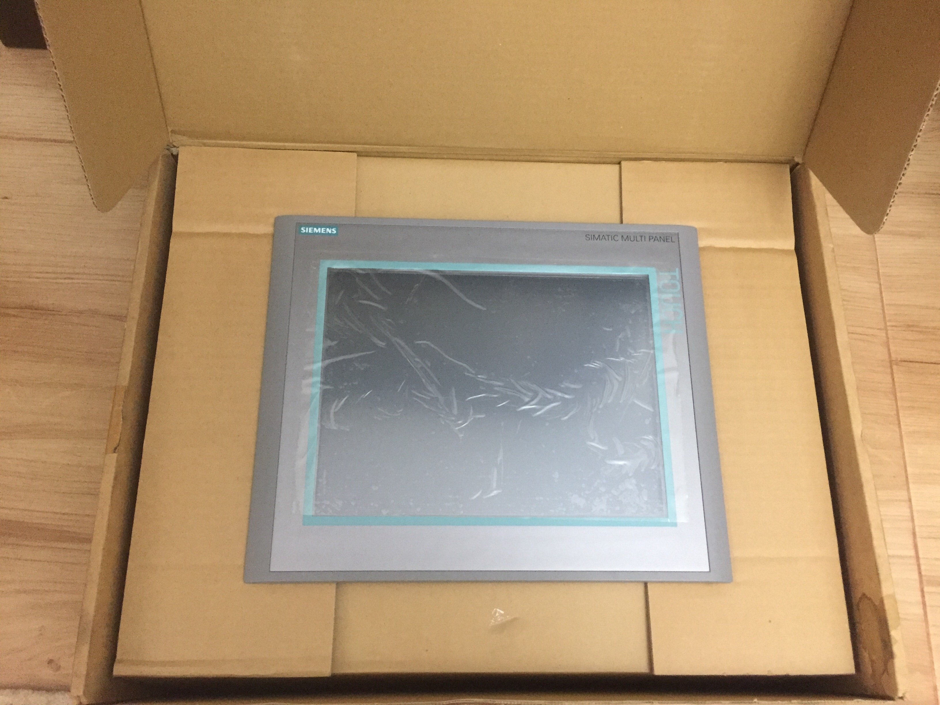 مانیتور تاچ پنل ۱۲ اینچ زیمنس  MP 377 کاملا نو و آکبند