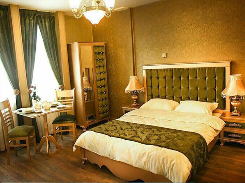 تور مشهد نوروز 98 در هتل 2 ستاره سعدی