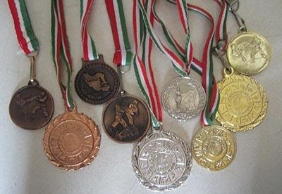 توليد و ساخت انواع مدال فوري 88301683-021