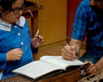 آموزش موسیقی کودک در ولنجک