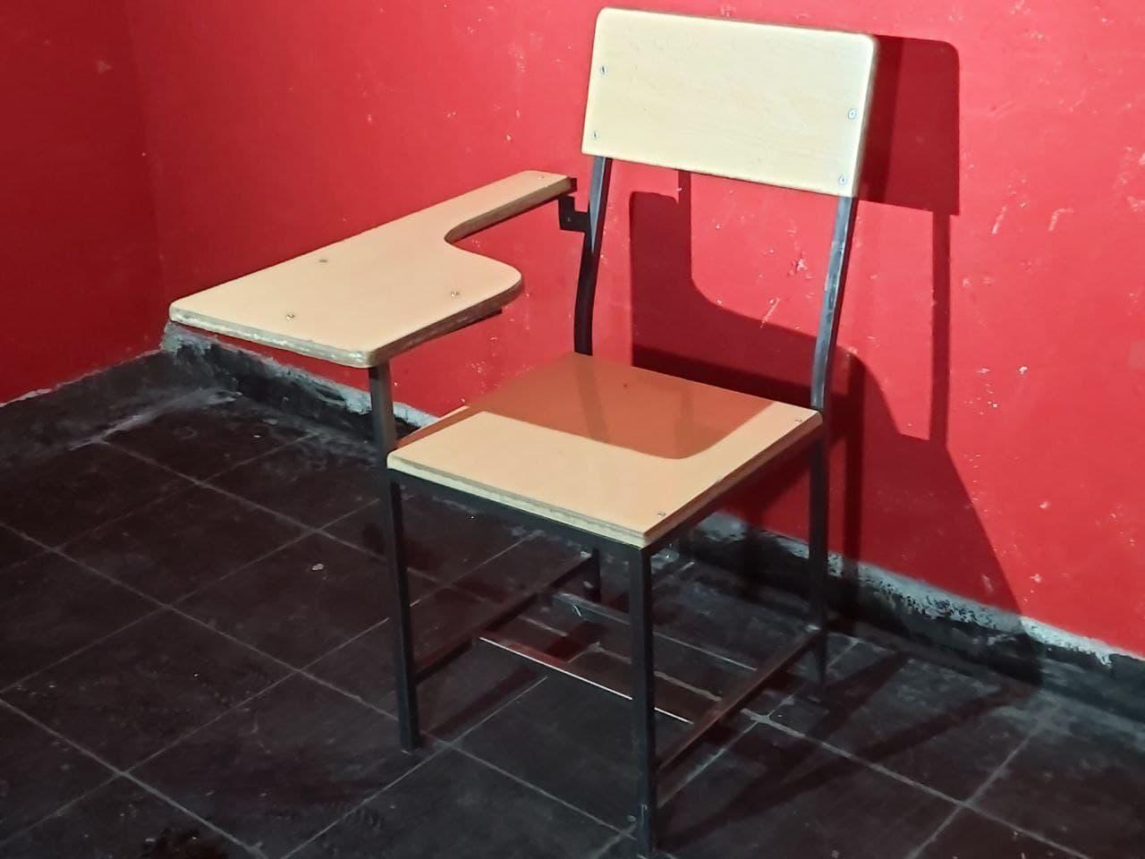 فروش صندلی دانش آموزی بسیار باکیفیت