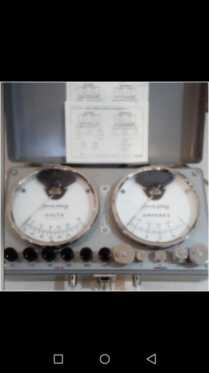 ولتمتر و آمپرمتر عقربه ای A.C رومیزی