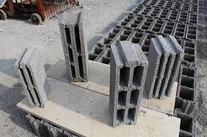 تولید و فروش انواع بلوک سبک،بلوک ته بسته سنگین،آجر پوکه ای و سیمانی