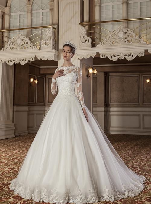 طراحی و تولید لباس عروس و لباس شب